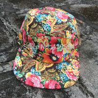 Wholesale high quaity 5 panel blank camp cap paisley pattern hip hop snapback cap