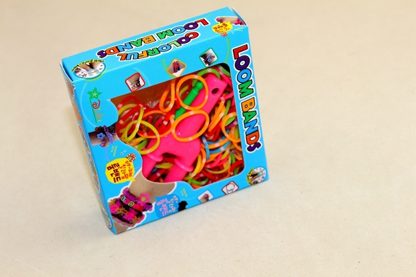 1 Set of Loom Storage Box Colorful Silicone Bracelet Beautiful Gift Direction Fancy Toy Loom Bands
