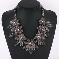 1913#New Crystal Flower Necklace Europe exaggerated transparent female pop Necklace dress necklace