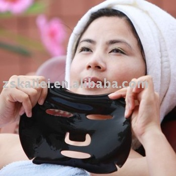 Acne Reducing & Oil Control Bamboo Charcoal Crystal Collagen Facial Mask