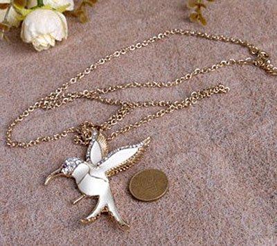 الطيور البيضاء حمامة الذهب كريستال