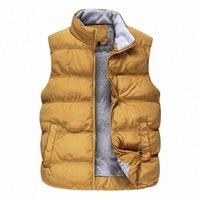 New Winter Men Casual Warm Vest Plus Size M-2XL 2014 Super Quality Pocket Design Mandarin Collar Man Fashion Waistcoat