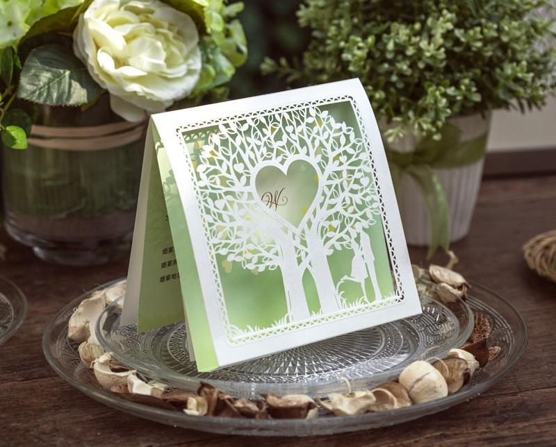 50 pçs/lote personalizado e impressão corte a laser amoroso árvore de cartão do convite do casamento(China (Mainland))
