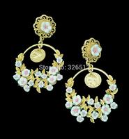 Baroque design king head circle metal flower leaves dangle earrings carve vintage pearl drop earrings High quality