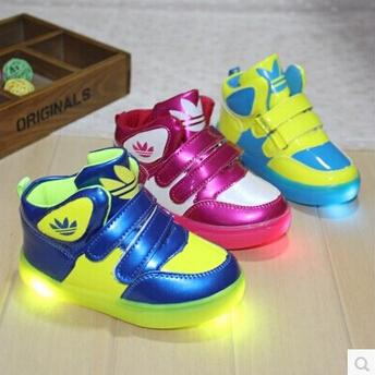2015 новый детская обувь осень и зима по уходу за детьми кожаные мальчики девочки лодыжки сапоги мода марка кроссовки мягкие подошва детская обувь