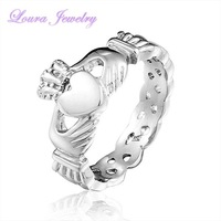 New Women's stainless steel wedding holding Claddagh rings Fashion Classic exquisite party jewelry