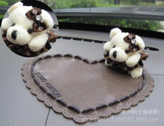 New Brand bear styling doll mat & anti-slippy mat things car freshener holder prevent slip(China (Mainland))