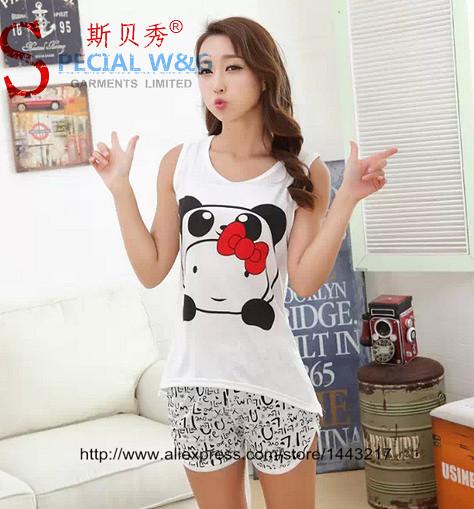 Free Shipping Donald Duck Pajama Sets Pajamas Pijama Women Sexy Lingerie Sleepwear Robe Nightgown Clothing Set Free Size(China (Mainland))
