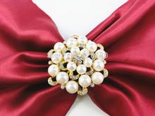 Золото круг жемчуг и горный хрусталь салфетка кольца для ресторанный стол украшение 100 pcs/lot
