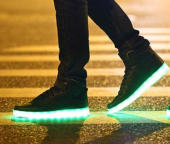 NEU! LEUCHTENDE LED (6 Farbvariante) SCHUHE SNEAKER HI SCHWARZ+WEISS ...