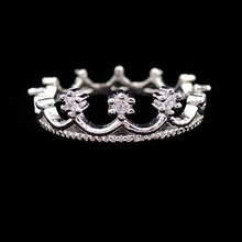 nz290  Free Shipping New Fashion Flash Drill Crown Ring Jewelry Shiny Elegant Beauty