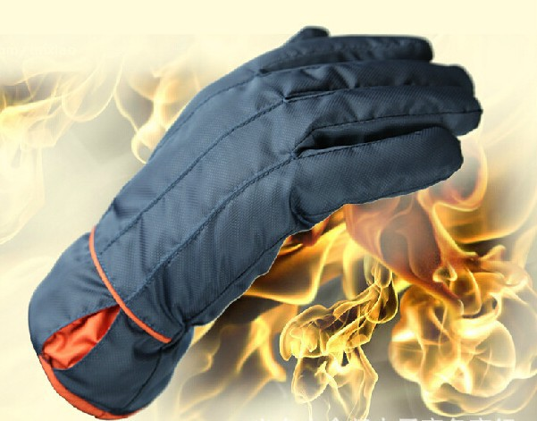 Winter super thick warm waterproof windproof cycling gloves silk warm gloves man(China (Mainland))