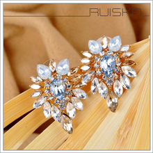 q d Europe and America 2015 new beautiful fashion Colorfel Crystal Earrings Elegant Stud Earring For