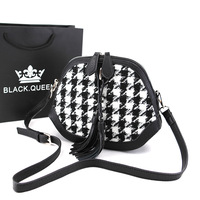 2014 Japanese Retro Winter Women's PU Hit The Color Black And White Houndstooth Plaid Shell Bag Messenger Packet Purse Wholesale