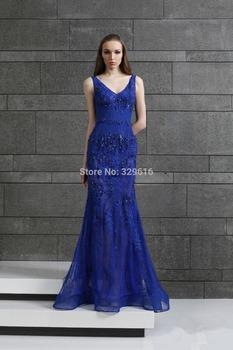 vestido de festa azul com brilhos
