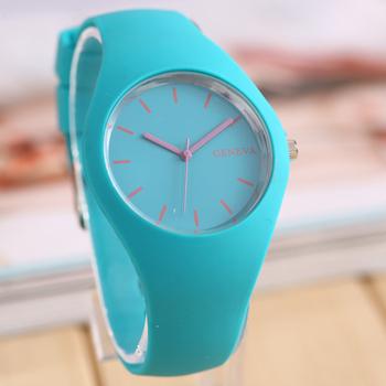 Новый женева движение силиконовые часы конфеты цвет кутюр мода досуга часы оптовая продажа различных цветов