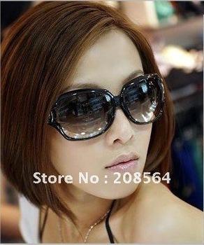 Brand New Women's Sunglasses Classical Glasses/Eyewear Black/Brown 5505(China (Mainland))