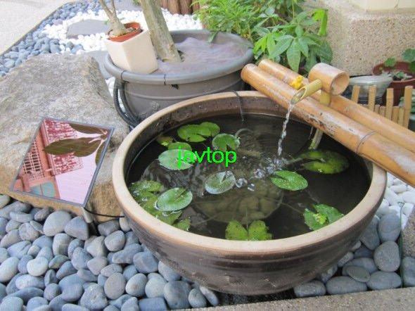 Pompe eau solaire pour fontaine - Jet d eau solaire pour petit bassin ...