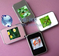 1.5 inch Mini digital photo frame with keychain,with TFT high resolution screen,build in memory