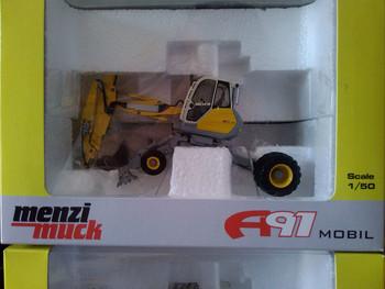 R-0180 1:50 Menzi Muck 4*4 A91 Mobile Excavatortoy