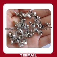 fashion rivet with glass rhinestone in available metal color