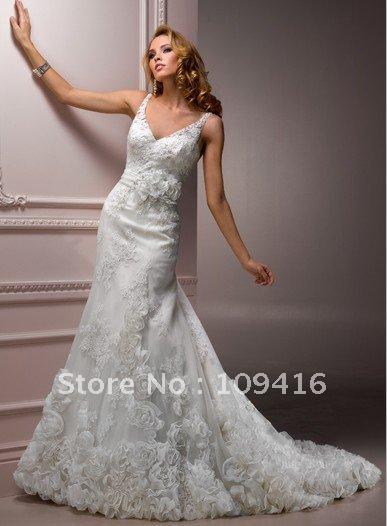 Free shipping 2011 A-line straps white hand flower wedding gown(China (Mainland))