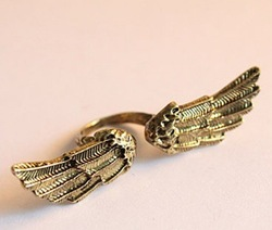 Min.order is $15 (mix order) Fashion Personality Retro punk angel wing ring,fashion jewellery J1080(China (Mainland))