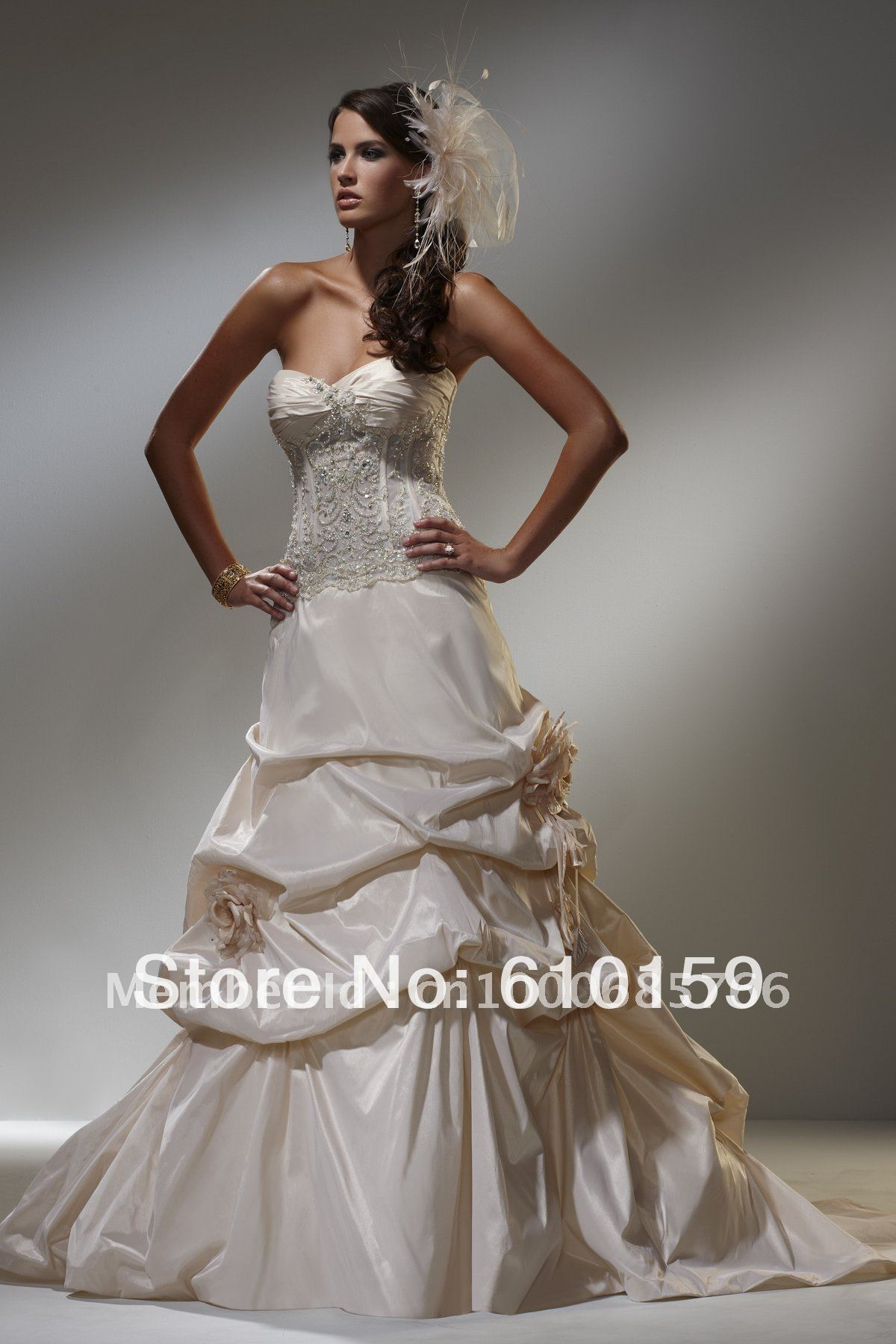 Pin Up Style Wedding Dresses Viewing Gallery