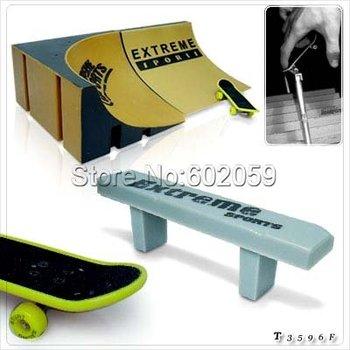 Freeshipping 4set/lot  FSB Super Finger skate board skateboard, Mini skateboard,Novelty Skateboard With Court