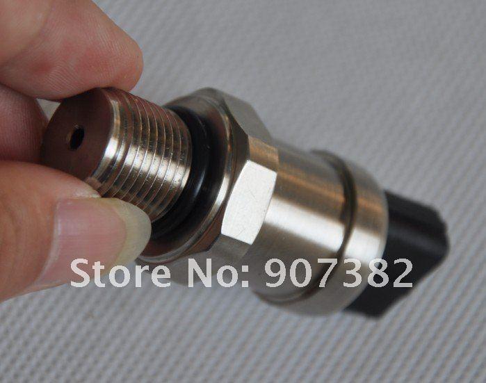 Hitachi ex200-2/3 давление датчик 4436271