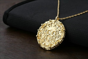 Wholesale Pirates of the Caribbean Gold plated Coin pendant necklace men women jewelry