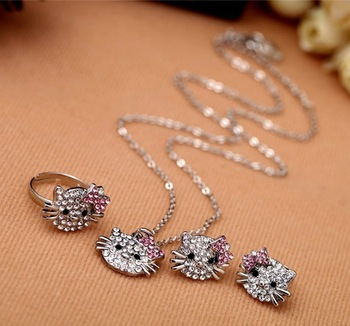 Silver crystals hello kitty jewelry set of necklace earrings and ring nice christmas gift for girls Free Shipping N112