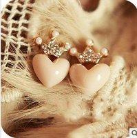 C22R5 Rhinestone Cute Crown Pink color Resin Heart Stud Earrings