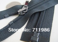 Custom size & colour ,whole sale No.5 coil separating zipper