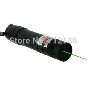 ! 2010 New Style 100mw 1000m Adjustable Focus Green Laser Pointer with Lighting Matches Function(China (Mainland))