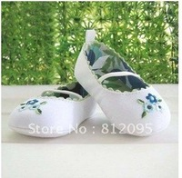 Baby Shoes  Newborn Baby Toddler Shoe  Blue Flower  Shoes