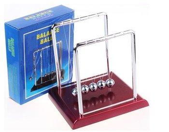 Small  Size:8cm*9cm*9 cm 5 pcs/lot Newton Cradle Balance Balls  Physics School & Educational Supplies teaching toys