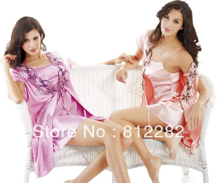 2013 Free shipping stylish and elegant lace ladies dressing gown robe set 8102(China (Mainland))