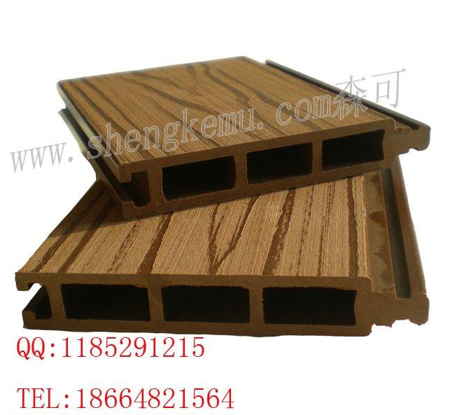 12020 wpc plancher ext rieur wpc bois rev tements de sol for Plancher exterieur plastique