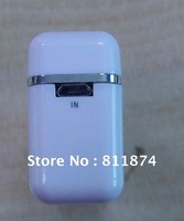 High capacity 2600mAh external backup battery for your iPhone, iPod dedicated