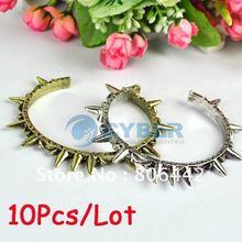 10Pcs/Lot House Harlow Spike And Triangle Bangle Bracelet Retro Punk Style Vintage Rivet Cuff Bangle Open Bracelet(China (Mainland))