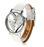 Exquisite Peach Heart Design Leather Wristband Watch - B384