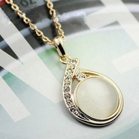 Free Shipping With Wholesale And Retail High Quality Crystal Necklace Zmilampis Pendant