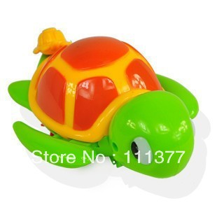 Free shipping small animal tortoise or chrocodile swimming pull toy random delivery(China (Mainland))