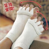 Free Shipping (100pcs/lot) Happy Feet Foot Alignment Socks As Seen On TV Comfy Toes Sleeping Socks Massage Five Toe Socks