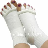 Free Shipping 50pairs/lot Happy Feet Foot Alignment Treatment Socks for Toe