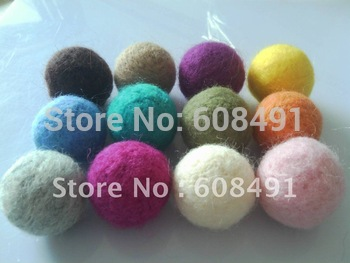 Fashion 30mm round shape wool felt ball beads 100pcs/lot free shipping
