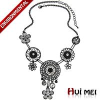 Fashion Women Black Enameling Flower-shaped Crystal Rhinestone Gem Pendants Necklace Jewelry