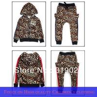 2013 Autumn Leopard Velour kids suits Boys/Girls Sport suit Children clothing Tracksuit Casual clothes 100-140cm