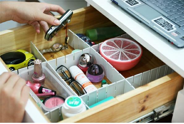 Início plástico branco DIY grade gaveta divisor de armazenamento Organizer Frete Grátis(China (Mainland))
